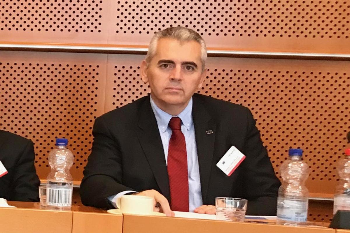 «Συναγερμός των φιλοευρωπαϊκών δυνάμεων απέναντι στον λαϊκισμό»