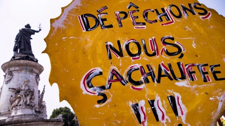 Στους δρόμους της Γαλλίας για το κλίμα