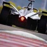 Formula 1: Νίκη για Ραϊκόνεν, αναβολή για τον τίτλο ο Χάμιλτον