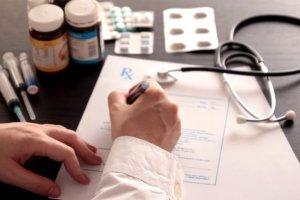 ΕΟΠΥΥ: Τι πληρώνει ο ασφαλισμένος για αγορά φαρμάκων και πόσο διαρκεί η συνταγή