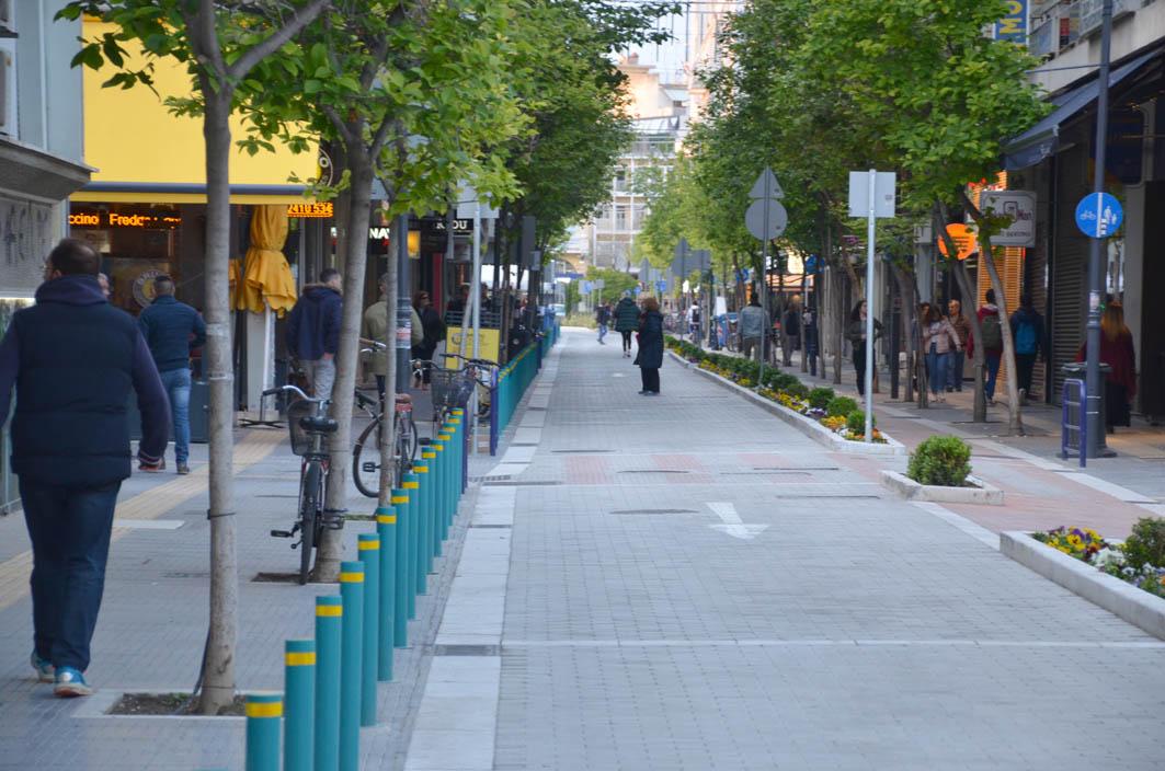 0f7c99b4f2 Πρωί και απόγευμα ανοιχτά τα καταστήματα σήμερα στη Λάρισα ...