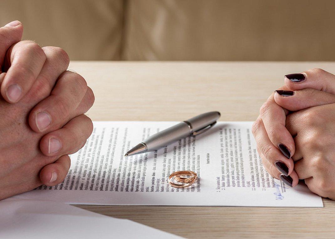 Αυξάνονται τα διαζύγια στα Τρίκαλα – Χώρισαν 97 ζευγάρια
