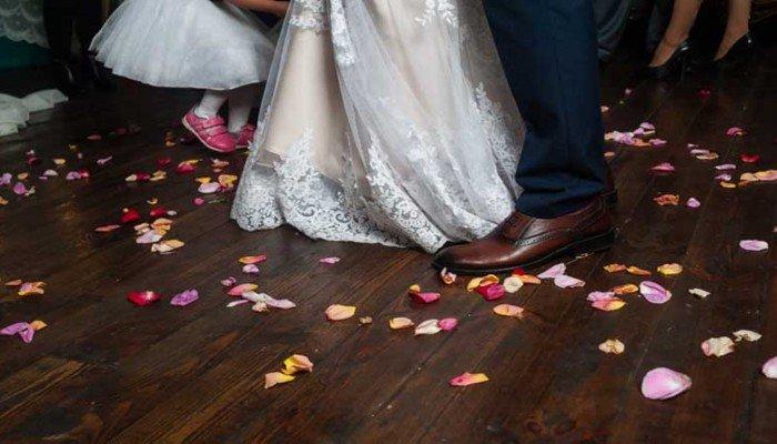 Παραλίγο τραγωδία σε γάμο – Γνωστοί Τρικαλινοί έσωσαν τη ζωή προσκεκλημένου