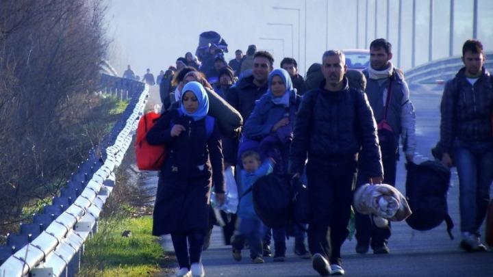 Νέα κέντρα ελεγχόμενης διαμονής στην ενδοχώρα για τους πρόσφυγες