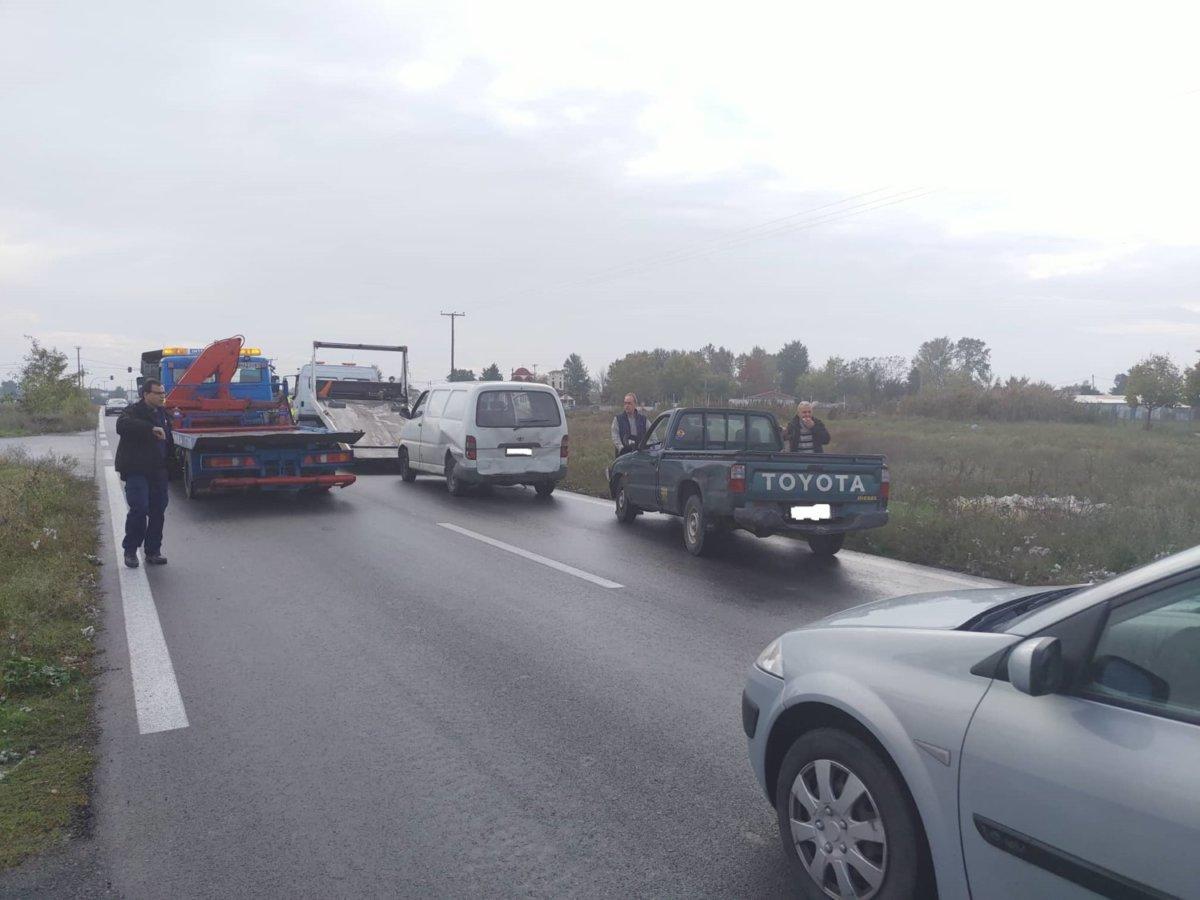 Τροχαίο ατύχημα έξω από τη Λάρισα