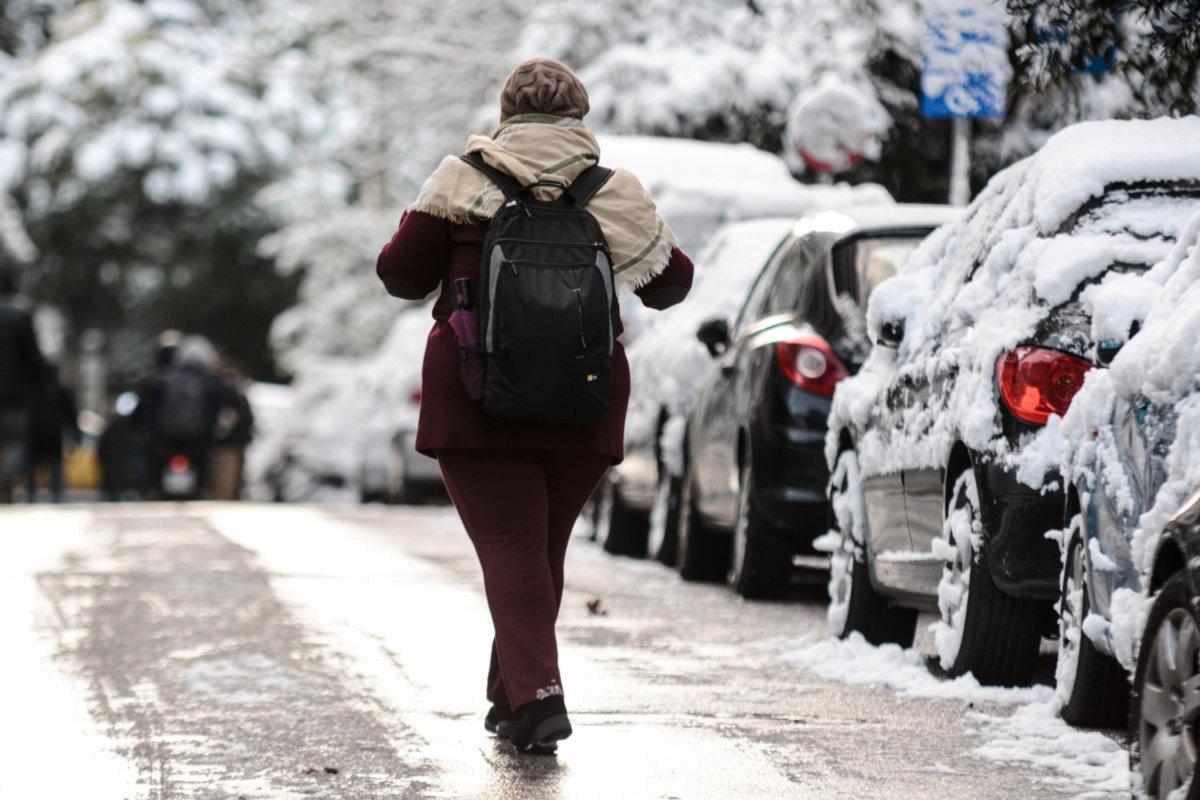 Έκτακτο Δελτίο Επιδείνωσης Καιρού: Χιόνια και σε περιοχές με χαμηλό υψόμετρο στη Θεσσαλία