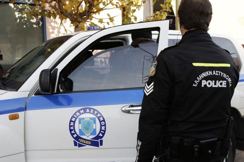 Άνοιξαν παρά τα μέτρα ουζερί και κουρείο στη Λάρισα – Συνελήφθησαν οι υπεύθυνοι