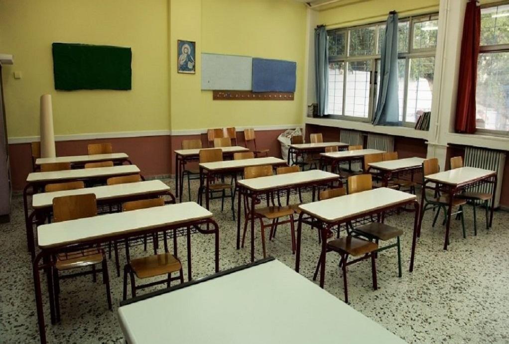 Αυξημένα τα κρούσματα γρίπης σε μαθητές σχολείων και στη Λάρισα