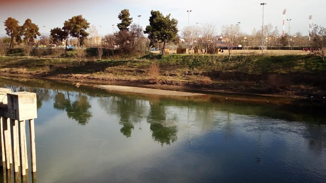 «Στεγνώνει» ο Πηνειός ποταμός στη Λάρισα